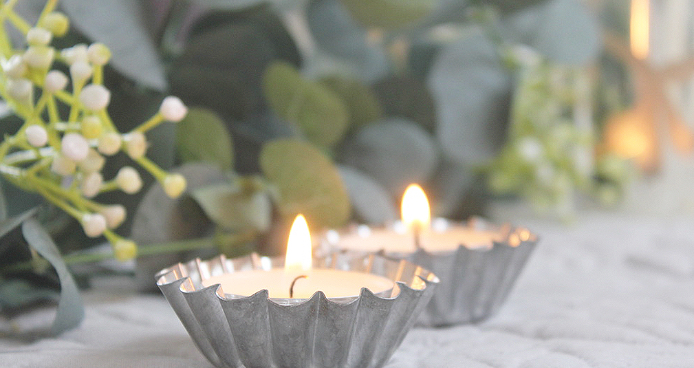 2.Tea lights